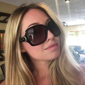 Gucci Sunglasses Black and Gold Women's D28EU